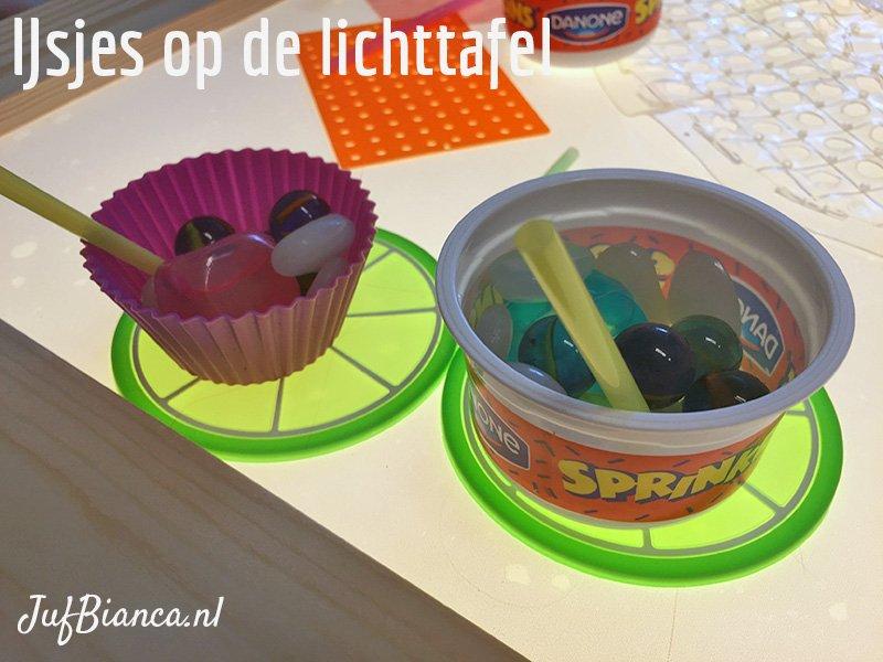 Spelen met de lichttafel - ijsjes - Juf Bianca